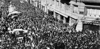 Entierro de las víctimas (imagen tomada de Publico.es)